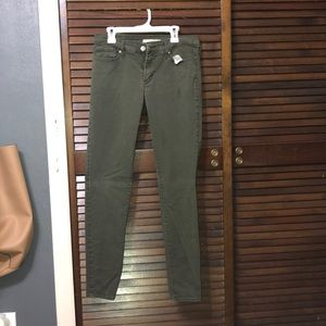 Olive green 711 Levi Jeans
